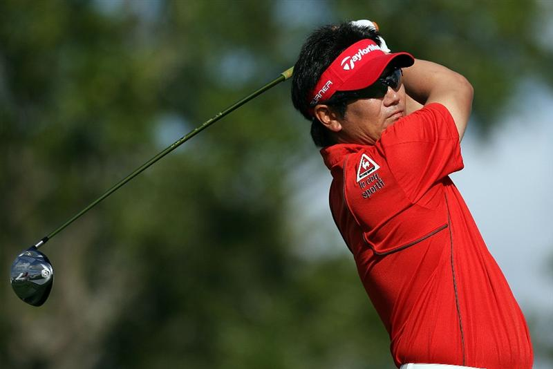 PALM BEACH GARDENS, FL - MARCH 07:  Y.E. Yang tess off on the 10th hole during the third round of The Honda Classic at PGA National Resort and Spa on March 7, 2009 in Palm Beach Gardens, Florida.  (Photo by Doug Benc/Getty Images)