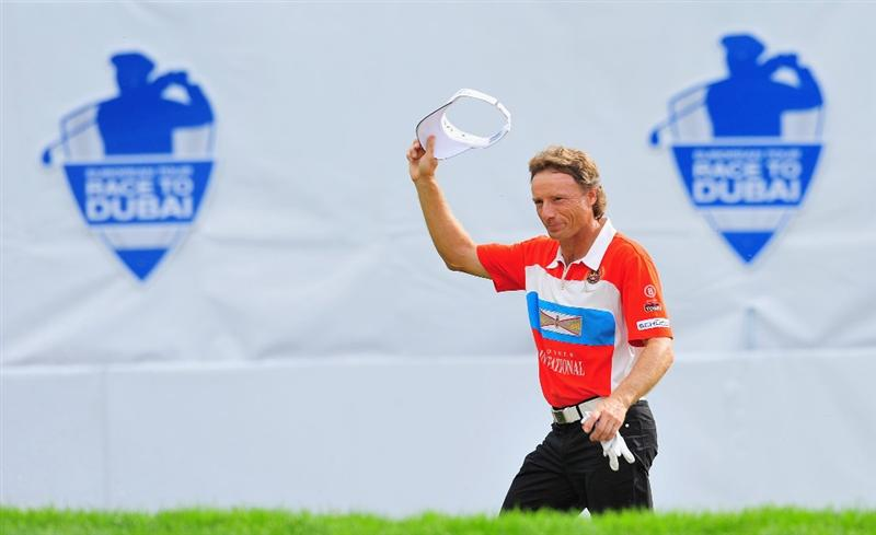 MUNICH, GERMANY - JUNE 28:  Bernhard Langer of Germnay waves to fans during the final round of The BMW International Open Golf at The Munich North Eichenried Golf Club on June 28, 2009, in Munich, Germany.  (Photo by Stuart Franklin/Getty Images)