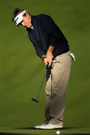 PEBBLE BEACH, CA - FEBRUARY 11:  Brett Quigley putts on the 18th hole during the first round of the AT&T Pebble Beach National Pro-Am at at the Spyglass Hill Golf Course on February 11, 2010 in Pebble Beach, California.  (Photo by Ezra Shaw/Getty Images)