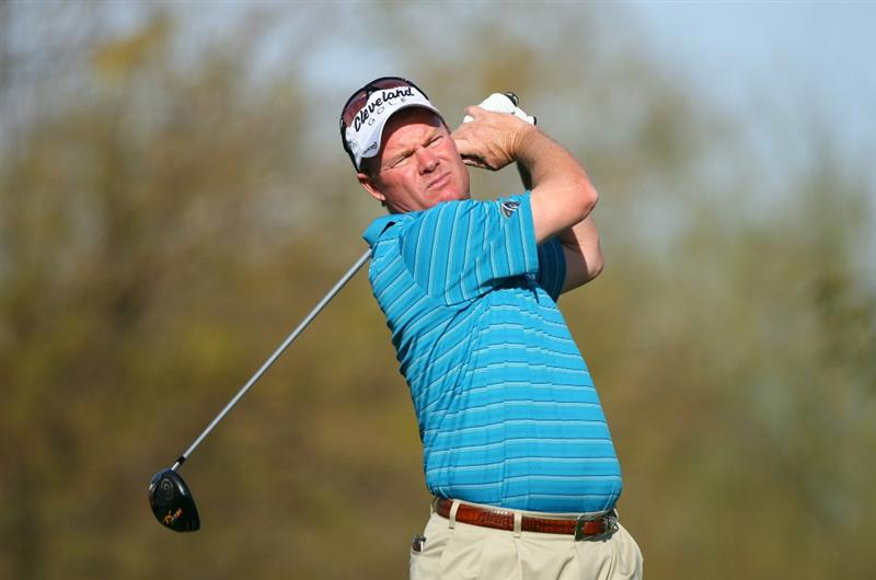 SCOTTSDALE, AZ - FEBRUARY 26: Joe Durant hits his tee shot on the ninth hole during the second round of the Waste Management Phoenix Open at TPC Scottsdale on February 26, 2010 in Scottsdale, Arizona. (Photo by Hunter Martin/Getty Images)