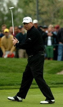 D.A. Weibring reacts after a missed birdie attempt on the18th green in the final round of the Champions' Tour 2005 SBC Classic at  the Valencia Country Club in Valencia, California March 13, 2005.
