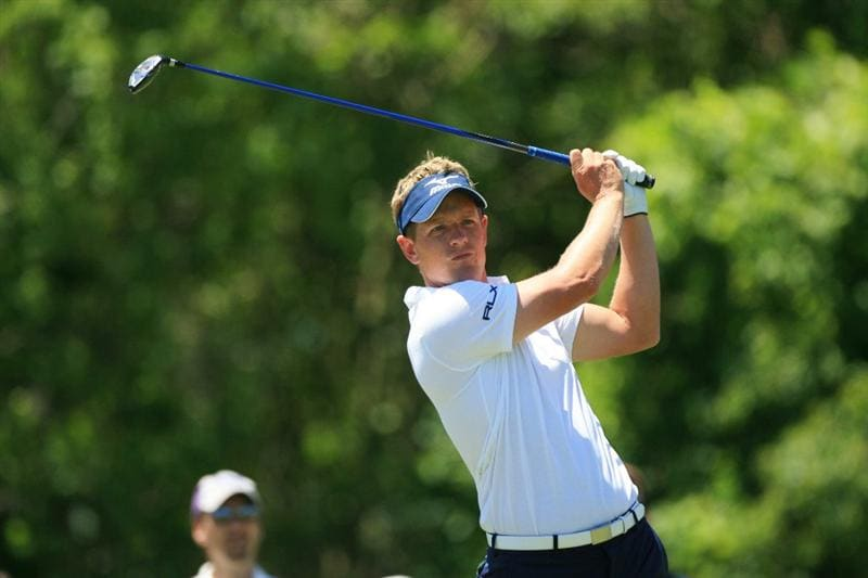 NEW ORLEANS, LA - APRIL 29: Luke Donald of England watches his tee shot on the eighth hole during the second round of the Zurich Classic at the TPC Louisiana on April 29, 2011 in New Orleans, Louisiana. (Photo by Hunter Martin/Getty Images)