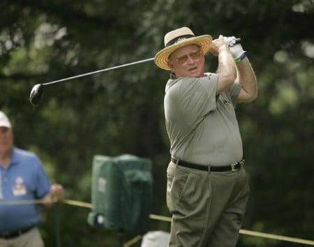 Bob Murphy on the 18th hole during the first round of the Commerce Bank Championship being held at the Eisenhower Park Red Course in East Meadow, New York on Friday July 1, 2005.Photo by Mike Ehrmann/WireImage.com