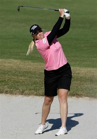 SHIMA, JAPAN - NOVEMBER 05:  Brittany Lincicome of the United States plays a shot on the 7th hole during round one of the Mizuno Classic at Kintetsu Kashikojima Country Club on November 5, 2010 in Shima, Japan.  (Photo by Chung Sung-Jun/Getty Images)