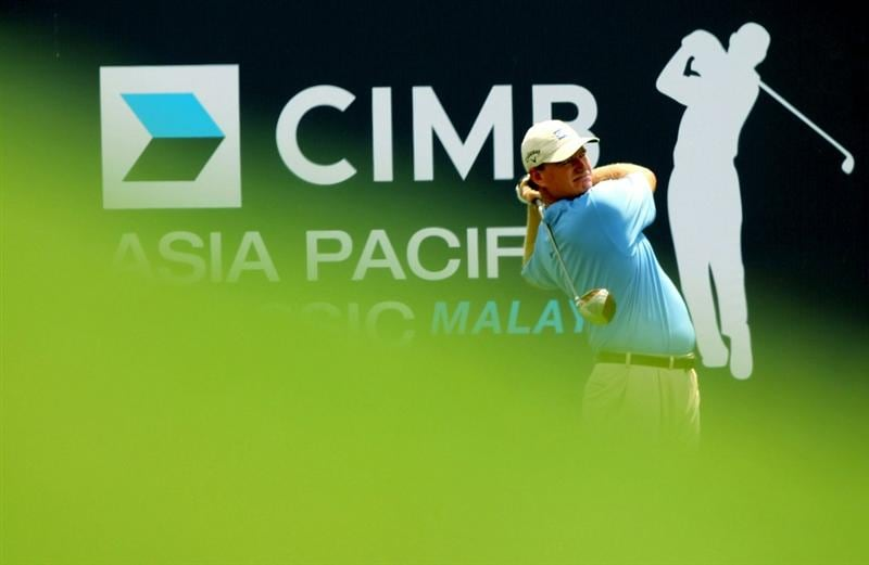 KUALA LUMPUR, MALAYSIA - OCTOBER 28: Ernie Els of South Africa tees off on the 10th hole during day one of the CIMB Asia Pacific Classic at The MINES Resort & Golf Club on October 28, 2010 in Kuala Lumpur, Malaysia. (Photo by Stanley Chou/Getty Images)