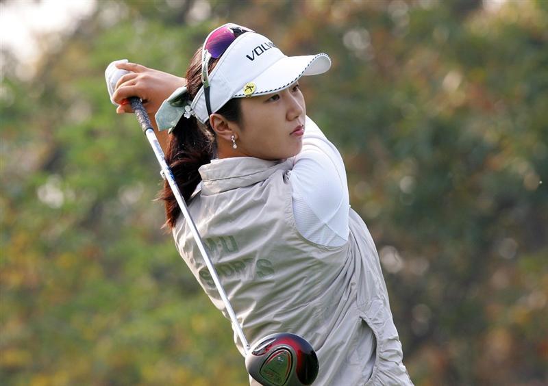 INCHEON, SOUTH KOREA - OCTOBER 30:  Kyeong Bae of South Korea hits a teeshot in the 11th hole during round one of Hana Bank Kolon Championship at Sky 72 Golf Club on October 30, 2009 in Incheon, South Korea.  (Photo by Chung Sung-Jun/Getty Images)