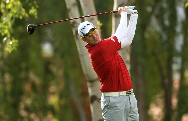 LA QUINTA, CA - JANUARY 20:  Greg Owen of England hits his tee shot on the second hole on the Palmer Private Course at PGA West during the first round of the Bob Hope Classic on January 20, 2010 in La Quinta, California.  (Photo by Stephen Dunn/Getty Images)