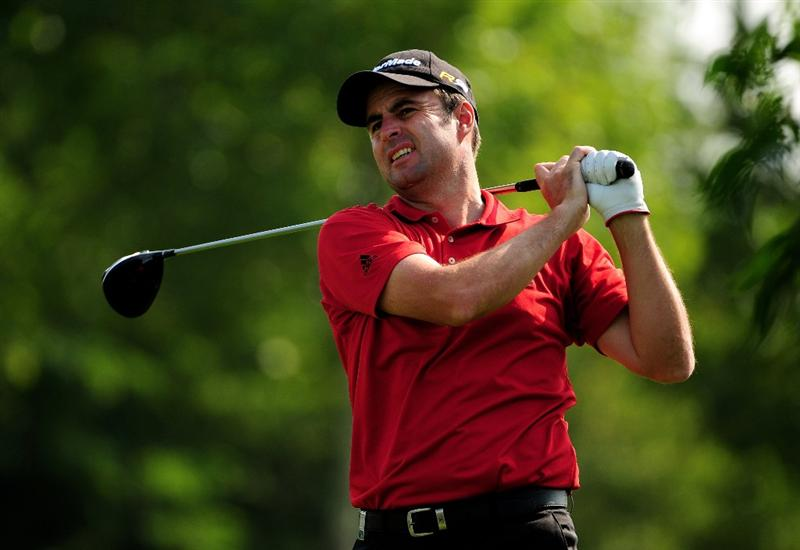 VIENNA, AUSTRIA - SEPTEMBER 20:  Richard Bland of England tees off at the 5th during the fourth round of the Austrian Golf Open at Fontana Golf Club on September 20, 2009 in Vienna, Austria.  (Photo by Richard Heathcote/Getty Images)