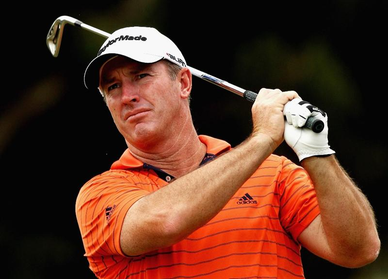 MELBOURNE, AUSTRALIA - NOVEMBER 26:  Peter Lonard of Australia plays his second shot on the sixth hole during the Australian Masters pro-Am ahead of the Australian Masters at Huntingdale Golf Club on November 26, 2008 in Melbourne, Australia.  (Photo by Quinn Rooney/Getty Images)
