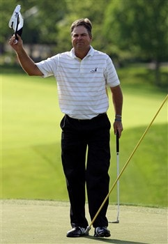 DUBLIN, OH - JUNE 01:  Kenny Perry waves to the crowd after finishing his final round on his way to win The Memorial on June 1, 2008 at the Muirfield Village Golf Club in Dublin, Ohio.  (Photo by Hunter Martin/Getty Images)