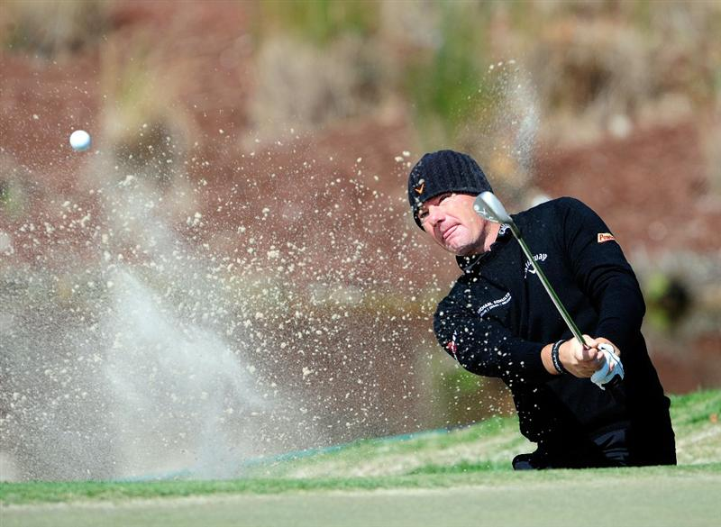 PALM BEACH GARDENS, FL - MARCH 04:  Alex Cejka of Germany plays a shot on the 6th hole during the first round of the Honda Classic at PGA National Resort And Spa on March 4, 2010 in Palm Beach Gardens, Florida.  (Photo by Sam Greenwood/Getty Images)