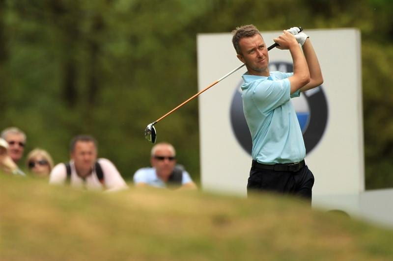 VIRGINIA WATER, ENGLAND - MAY 20:  Mark Foster of England tees off during the first round of the BMW PGA Championship on the West Course at Wentworth on May 20, 2010 in Virginia Water, England.  (Photo by Warren Little/Getty Images)