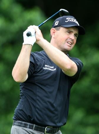CROMWELL, CT - JUNE 25:  Greg Chalmers drives during round one of the 2009 Travelers Championship at TPC River Highlands on June 25, 2009 in Cromwell, Connecticut. (Photo by Jim Rogash/Getty Images)