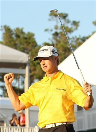 PONTE VEDRA BEACH, FL - MAY 15:  David Toms celebrates making birdie on the 18th hole to force a playoff during the final round of THE PLAYERS Championship held at THE PLAYERS Stadium course at TPC Sawgrass on May 15, 2011 in Ponte Vedra Beach, Florida.  (Photo by Mike Ehrmann/Getty Images)