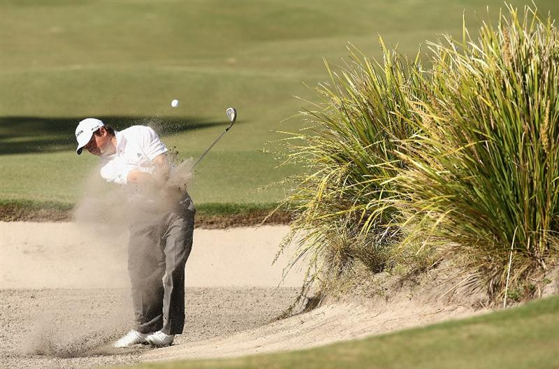 MELBOURNE, AUSTRALIA - NOVEMBER 29:  Tim Clark of South Africa plays out of the bunker on the eighteenth hole during the third round of the 2008 Australian Masters at Huntingdale Golf Club on November 29, 2008 in Melbourne, Australia  (Photo by Quinn Rooney/Getty Images)