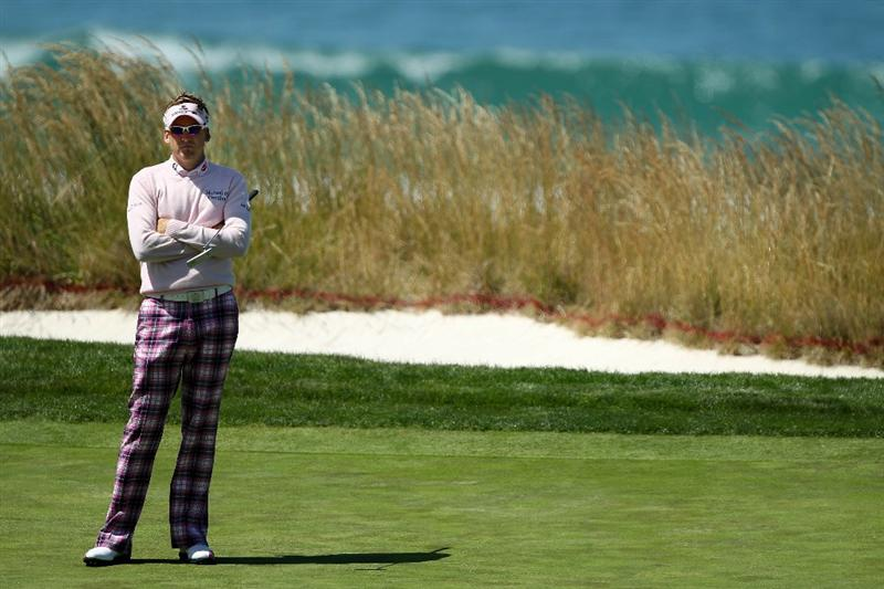PEBBLE BEACH, CA - JUNE 17:  Ian Poulter of England waits on the tenth green during the first round of the 110th U.S. Open at Pebble Beach Golf Links on June 17, 2010 in Pebble Beach, California.  (Photo by Donald Miralle/Getty Images)