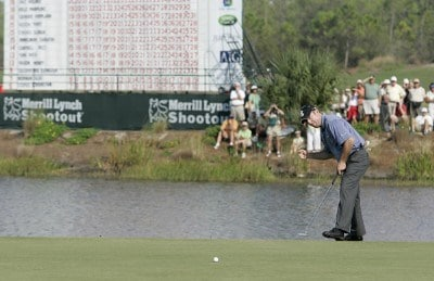 Rod Pampling makes birdie on the 18th hole to force a playoff during the third and final round of the Merrill Lynch Shootout at the Tiburon Golf Club in Naples, Florida on November 12, 2006. PGA TOUR - 2006 Merrill Lynch Shootout - Final RoundPhoto by Michael Cohen/WireImage.com