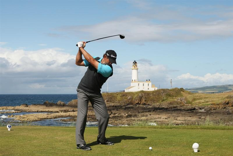 TURNBERRY, SCOTLAND - JULY 19:  Retief Goosen of South Africa tees off on the 9th hole during the final round of the 138th Open Championship on the Ailsa Course, Turnberry Golf Club on July 19, 2009 in Turnberry, Scotland.  (Photo by Warren Little/Getty Images)