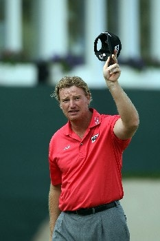DUBAI, UNITED ARAB EMIRATES - FEBRUARY 02:  Ernie Els of South Africa salutes the crowd at the 18th hole during the third round of the Dubai Desert Classic, on the Majilis Course at the Emirates Golf Club, on February 2, 2008 in Dubai, United Arab Emirates.  (Photo by David Cannon/Getty Images)