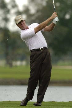 Steve Elkington  tees off   during second-round competition March 4, 2005  at the  2005 Ford Championship at Doral in Miami.