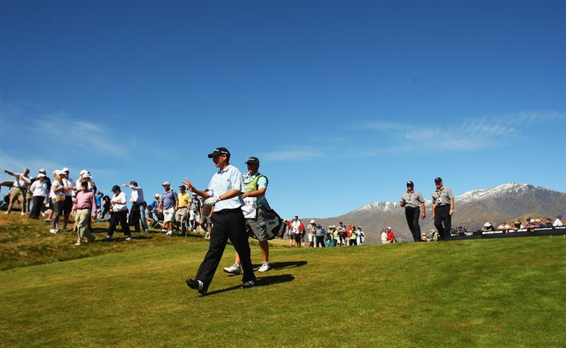 QUEENSTOWN, NEW ZEALAND - MARCH 14:  Steve Alker of New Zealand walks down the fairway on the 1st hole during day three of the New Zealand Men's Open Championship at The Hills Golf Club on March 14, 2009 in Queenstown, New Zealand.  (Photo by Phil Walter/Getty Images)