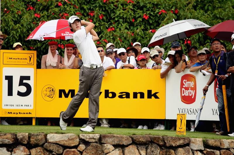KUALA LUMPUR, MALAYSIA - MARCH 07:  Noh Seung-yul of Korea hits his tee-shot on the 15th hole during the final round of the Maybank Malaysian Open at the Kuala Lumpur Golf and Country Club on March 7, 2010 in Kuala Lumpur, Malaysia.  (Photo by Andrew Redington/Getty Images)