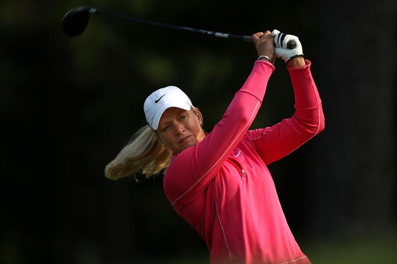 BETHLEHEM, PA - JULY 10:  Suzann Pettersen of Norway watches her tee shot on the 2nd hole during the second round of the 2009 U.S. Women's Open at Saucon Valley Country Club on July 10, 2009 in Bethlehem, Pennsylvania.  (Photo by Streeter Lecka/Getty Images)
