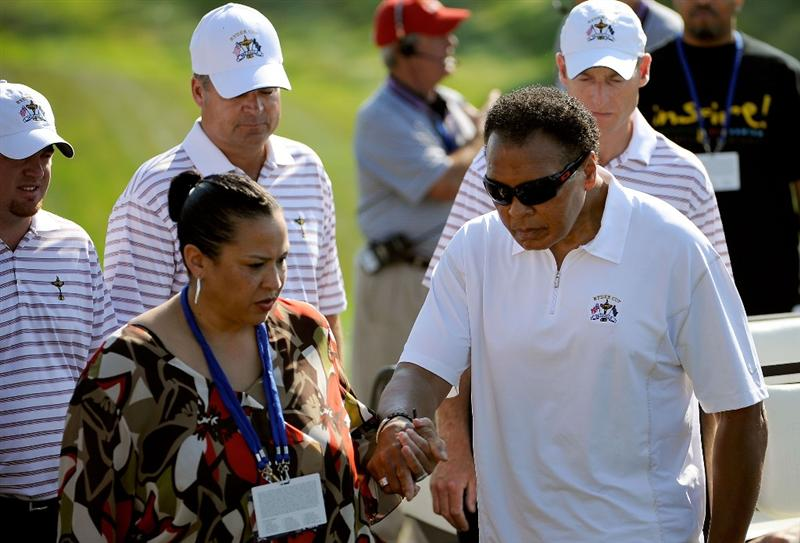 LOUISVILLE, KY - SEPTEMBER 18:  Boxing great Muhammad Ali and his wife Yolanda Ali visit with the USA team prior to the 2008 Ryder Cup at Valhalla Golf Club on September 17, 2008 in Louisville, Kentucky.  (Photo by Sam Greenwood/Getty Images)