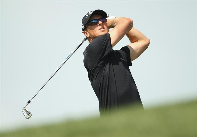 DUBAI, UNITED ARAB EMIRATES - FEBRUARY 13:  Fredrik Andersson Hed of Sweden in action during the final round for the 2011 Omega Dubai desert Classic held on the Majilis Course at the Emirates Golf Club on February 13, 2011 in Dubai, United Arab Emirates.  (Photo by Ian Walton/Getty Images)