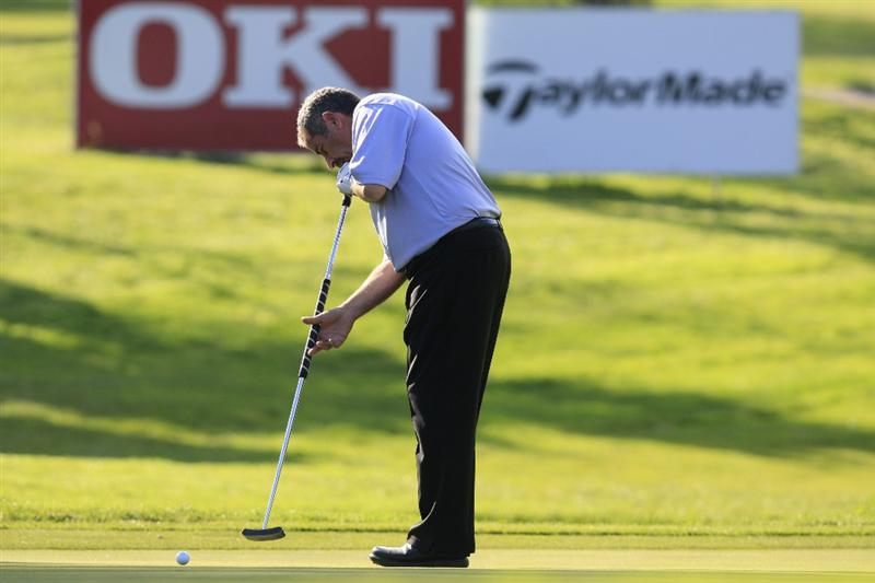 CASTELLON, SPAIN - NOVEMBER 07: Sam Torrance of Scotland in action during the first round of the OKI Castellon Open Espana Senior Tour Championship played at Club de Campo del Mediterraneo on November 7, 2008 in Castellon, Spain.(Photo by Phil Inglis/Getty Images)