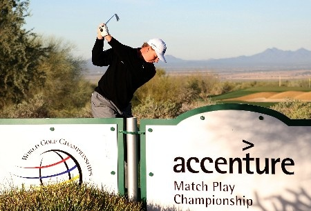 MARANA, AZ - FEBRUARY 19:  Ernie Els of South Africa hits a shot during a practice round prior to the start of the Accenture Match Play Championship at The Gallery Golf Club at Dove Mountain on February 19, 2008 in Marana, Arizona.  (Photo by Scott Halleran/Getty Images)