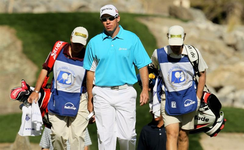 LA QUINTA, CA - JANUARY 25:  Brian Davis of England walks onto the 15th green at the Palmer Private course at PGA West during the final round of the Bob Hope Classic on January 25, 2010 in La Quinta, California.  (Photo by Stephen Dunn/Getty Images)
