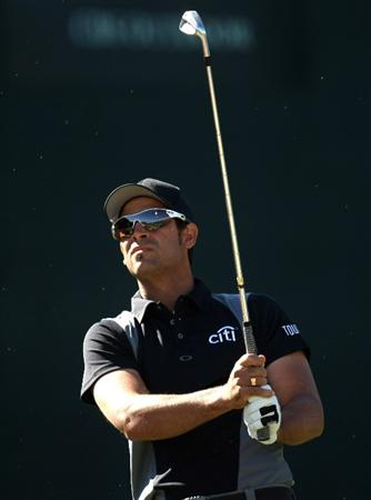 SCOTTSDALE, AZ - JANUARY 29:  James Nitties of Australia watches his tee shot on the 16th hole during the first round of the FBR Open on January 29, 2009 at TPC Scottsdale in Scottsdale, Arizona.  (Photo by Stephen Dunn/Getty Images)