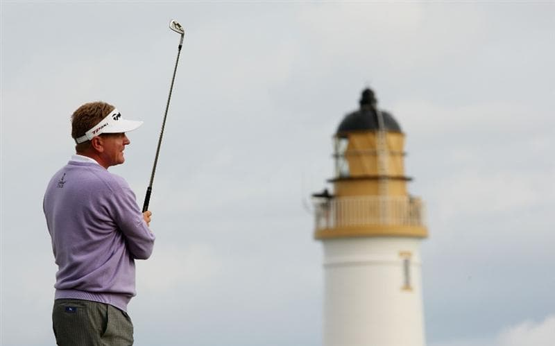 TURNBERRY, SCOTLAND - JULY 16:  Paul Broadhurst of England hits an approach shot on the 9th hole during round one of the 138th Open Championship on the Ailsa Course, Turnberry Golf Club on July 16, 2009 in Turnberry, Scotland.  (Photo by Ross Kinnaird/Getty Images)