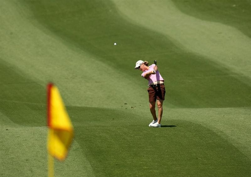 RANCHO MIRAGE, CA - APRIL 04:  Lindsey Wright of Australia hits from the fairway on the second hole during the third round of the Kraft Nabisco Championship at Mission Hills Country Club on April 4, 2009 in Rancho Mirage, California.  (Photo by Stephen Dunn/Getty Images)