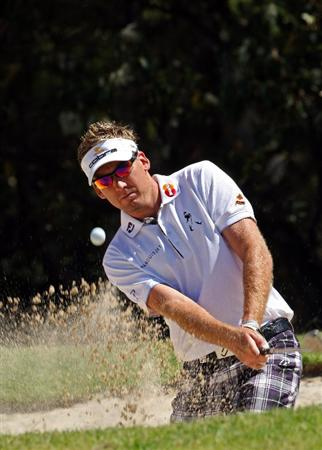 PERTH, AUSTRALIA - FEBRUARY 18:  Ian Poulter of England warming up before his round during the Pro-Am as a preview for the 2009 Johnnie Walker Classic tournament at the Vines Resort and Country Club, on 18 February 2009, in Perth, Australia  (Photo by David Cannon/Getty Images)