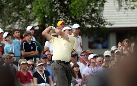 ORLANDO, FL - MARCH 15:  Phil Mickelson of the USA hits his tee shot at the 1st hole during the third round of the 2008 Arnold Palmer Invitational presented by Mastercard at the Bay Hill Golf Club and Lodge, on March 15, 2008 in Orlando, Florida.  (Photo by David Cannon/Getty Images)
