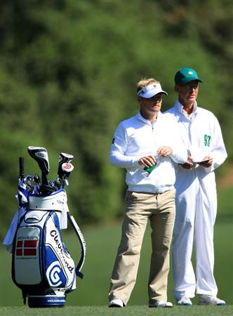 AUGUSTA, GA - APRIL 09:  Soren Kjeldsen of Denmark waits with his caddie Kevin Woodward on the fifth hole during the second round of the 2010 Masters Tournament at Augusta National Golf Club on April 9, 2010 in Augusta, Georgia.  (Photo by David Cannon/Getty Images)