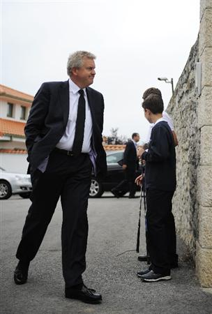 PEDRENA, SPAIN - MAY 11:  Colin Montgomery of Scotland arrives to Seve Ballesteros house to attend the ceremony during the funeral service held for legendary Spanish golfer Seve Ballesteros on May 11, 2011 in Pedrena, Spain. Top-ranked golf players have joined family members and friends to pay their last respects to the late golf great, who died on May 7, 2011 from complications arising from a brain tumor, in his home town parish church.  (Photo by David Ramos/Getty Images)