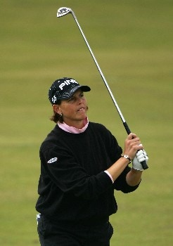 ST ANDREWS, UNITED KINGDOM - AUGUST 03:  Wendy Ward of USA hits her approach shot to the 4th green during the Second Round of the 2007 Ricoh Women's British Open held on the Old Course at St Andrews on August 3, 2007 in St Andrews, Scotland. (Photo by Warren Little/Getty Images)