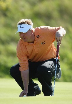ZANDVOORT, NETHERLANDS - AUGUST 23:  Ross McGowan of England lines up his putt on the second hole during third round of The KLM Open at Kennemer Golf & Country Club on August 23, 2008 in Zandvoort, Netherlands.  (Photo by Stuart Franklin/Getty Images)
