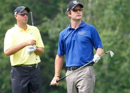 CROMWELL, CT - JUNE 22:  Kevin Streelman, right, watches the flight of his drive as Stewart Cink looks on during the final round of the Travelers Championship at TPC River Highlands held on June 22, 2008 in Cromwell, Connecticut. (Photo by Jim Rogash/Getty Images)