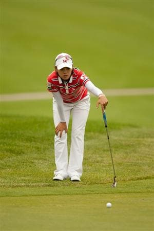 SPRINGFIELD, IL - JUNE 10: Na Yeon Choi of South Korea lines up a putt during the first round of the LPGA State Farm Classic at Panther Creek Country Club on June 10, 2010 in Springfield, Illinois. (Photo by Darren Carroll/Getty Images)