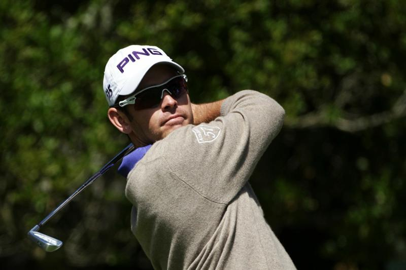 PEBBLE BEACH, CA - JUNE 17:  Louis Oosthuizen of South Africa hits his tee shot on the 16th hole during the first round of the 110th U.S. Open at Pebble Beach Golf Links on June 17, 2010 in Pebble Beach, California.  (Photo by Andrew Redington/Getty Images)
