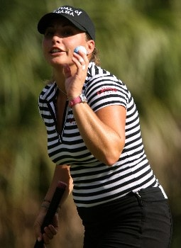 DAYTONA BEACH, FL - DECEMBER 02:  Kelli Kuehne waves to the gallery on the 18th green during the final round of the 2007 LPGA Qualifying Tournament at LPGA International on December 2, 2007 in Daytona Beach, Florida  (Photo by Scott Halleran/Getty Images)