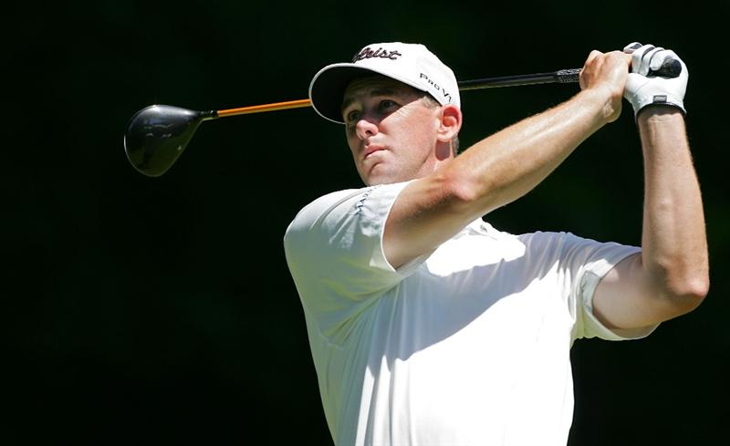 SILVIS, IL - JULY 11:  Darron Stiles of the USA watches his drive during the continuation of the second round of the John Deere Classic at TPC Deere Run held on July 11, 2009 in Silvis, Illinois.  (Photo by Michael Cohen/Getty Images)