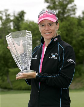 WILLIAMSBURG, VA - MAY 11: Annika Sorenstam of Sweden holds the championship trophy after winning the Michelob Ultra Open at Kingsmill Resort & Spa on May 11, 2008 in Williamsburg, Virginia. (Photo by Hunter Martin/Getty Images)
