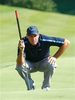 CROMWELL, CT - JUNE 21: Stewart Cink reads the 15th green during the third round of the Travelers Championship at TPC River Highlands held on June 21, 2008 in Cromwell, Connecticut. (Photo by Jim Rogash/Getty Images)