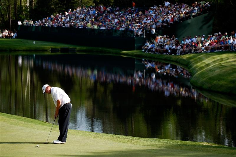 AUGUSTA, GA - APRIL 09:  Chad Campbell hits a putt on the 16th green during the first round of the 2009 Masters Tournament at Augusta National Golf Club on April 9, 2009 in Augusta, Georgia.  (Photo by Jamie Squire/Getty Images)