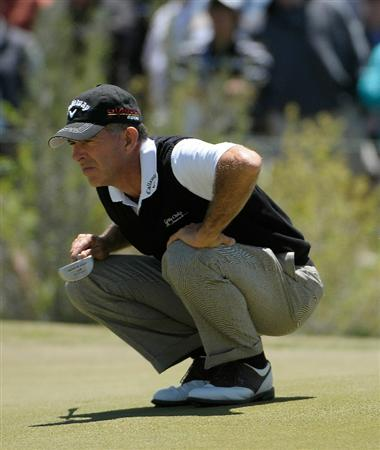 PARKER, CO. - MAY 30: Chip Beck on the 10th hole during the fourth and final round of the Senior PGA Championship at the Colorado Golf Club on May 30, 2010 in Parker, Colorado.  (Photo by Marc Feldman/Getty Images)